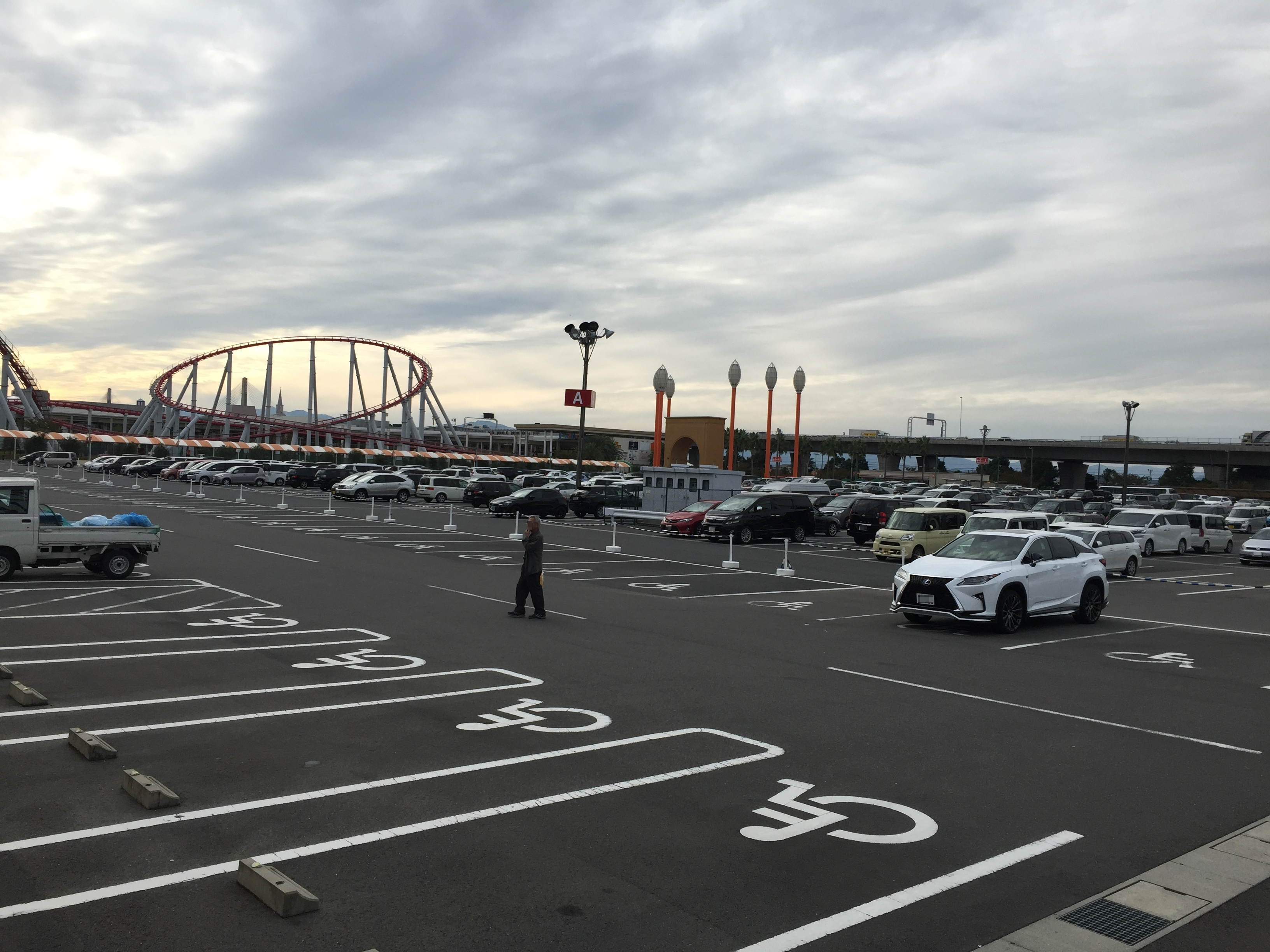 nagoya-anpanman-parking