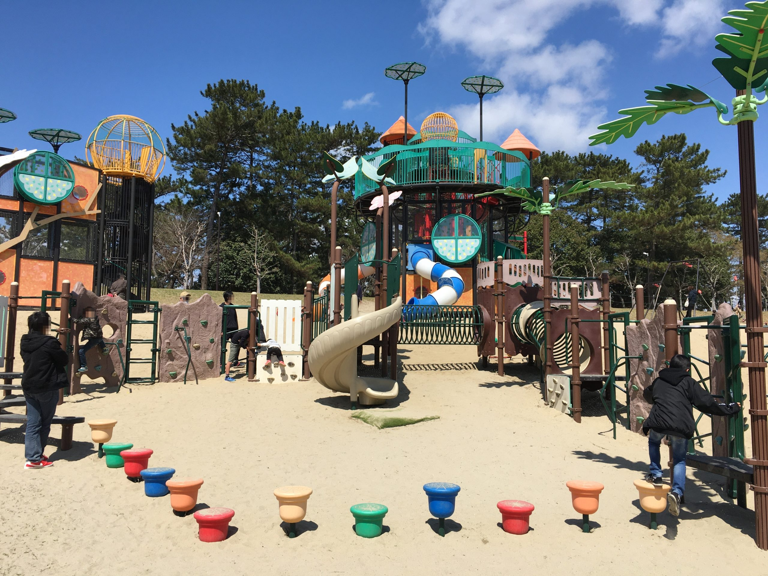 sobuepark-playground-equipment